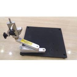 Трех коленный манипулятор для заточки инструментов