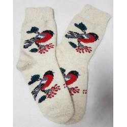 Яркие шерстяные носки со снегирями на ветке белые