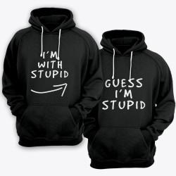 """Парные толстовки с капюшоном для влюбленных """"I'm with stupid"""" и """"Guess i'm stupid""""."""