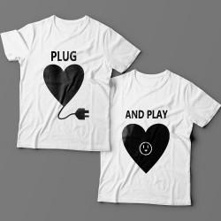 """Парные футболки для влюбленных """"Plug"""" и """"And play"""""""