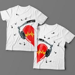 Парные футболки для влюбленных с сердцем в наушниках
