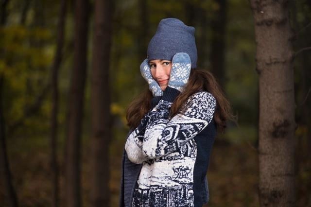 Красный свитер с оленями в Москве на Magazin-Jumperov.ru